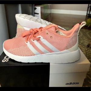 New size 8 adidas questar flow
